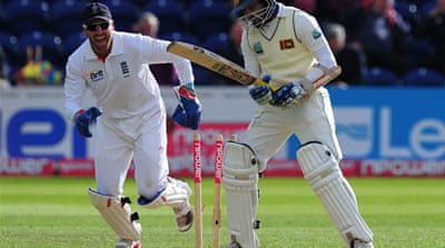 England claim early Sri Lanka wickets