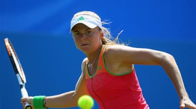 Hantuchova finally defeats Venus