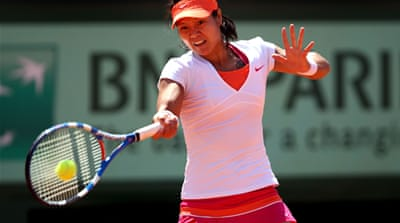 Li, Schiavone set up French Open showdown