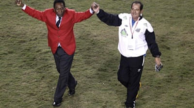 Pele ends 48-year wait to see Santos win