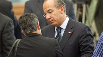 Calderon apologises to drug war victims
