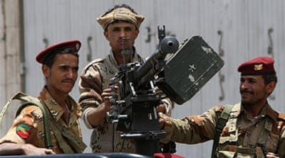 Yemeni forces in deadly clash with fighters