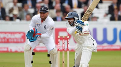 Sri Lanka prosper on day three