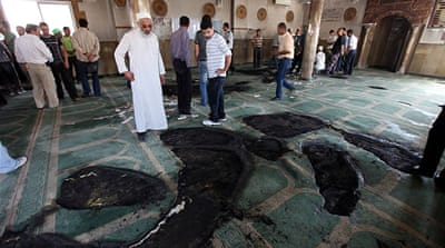 Israeli settlers 'desecrate' West Bank mosque