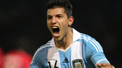 Argentina on song in 3-0 Copa win