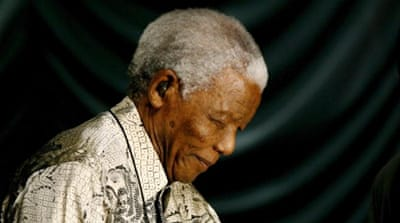 South Africans celebrate Mandela at 93
