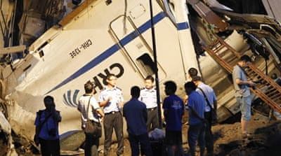 China sacks officials after fatal train crash