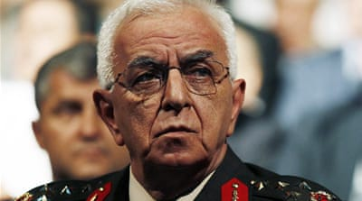 Turkey's top military leaders quit