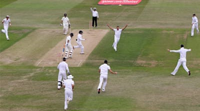 India regroup, England rejoice