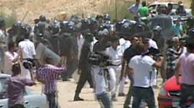 Scuffles break out during Mubarak trial