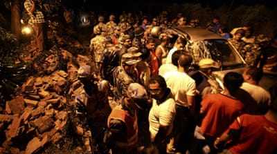 Deadly quake rattles India and Nepal