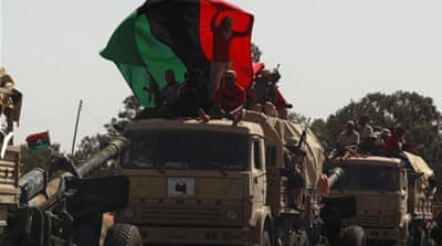 Gaddafi forces resist NTC push for Sirte