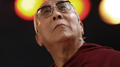 Dalai Lama made to wait for S Africa visa