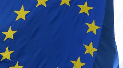 EU tightens sanctions on Syrian firms