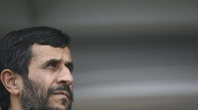 Ahmadinejad urges Syria to end crackdown
