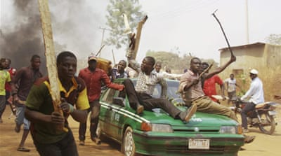 Deaths in Nigeria as tensions sharpen