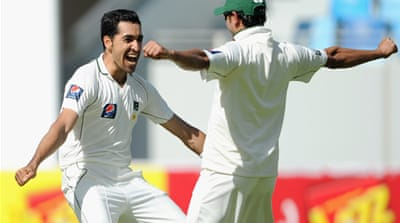 Pakistan crush England in Dubai