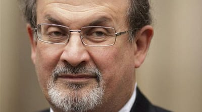 Rushdie pulls out of India literary festival