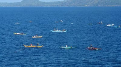 Filipino fishermen killed in 'tuna turf war'