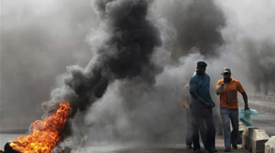 Nigeria fuel-price protests turn violent