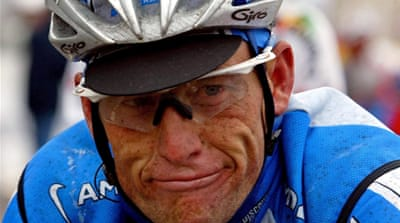 Armstrong 'unaffected' by doping report