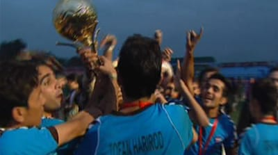 Afghan Premier League scores with fans