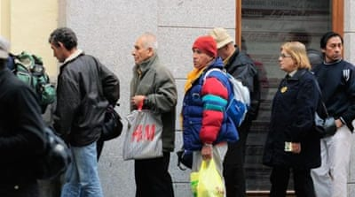 Austerity overwhelms Spain's soup kitchens