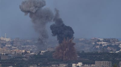 Missiles pound Gaza neighbourhoods