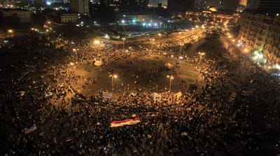 Morsi decree triggers mass protests in Egypt