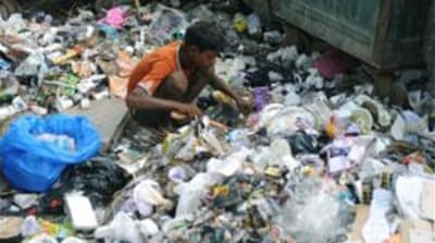 Rubbish piles choke Indian city
