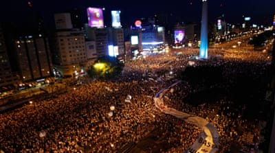 Mass protest fills downtown Buenos Aires