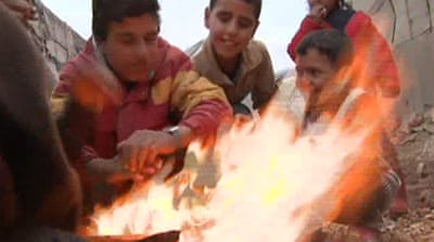 Syrian refugees brace for harsh winter