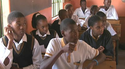 South Africa in bid to reform education