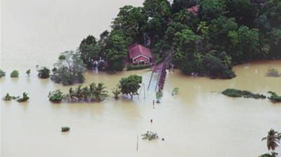 Floods in Sri Lanka displace 10,000 people