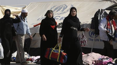 Ten thousand Syrian refugees have arrived in Jordan in the last 72 hours, army sources have said [FILE: EPA]