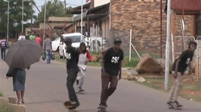 S Africa youth skateboarding out of trouble