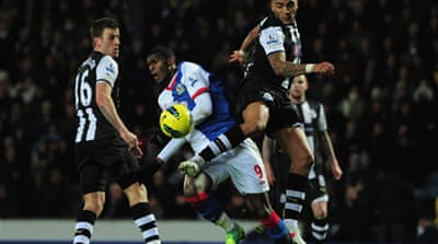 Newcastle close in on top four