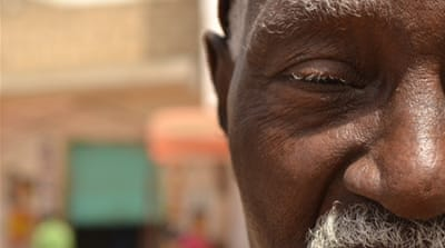 Senegal's elderly vote for democracy