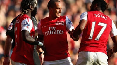Five-star Arsenal beat Spurs