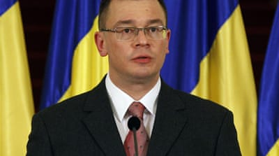 Romania awaits new government