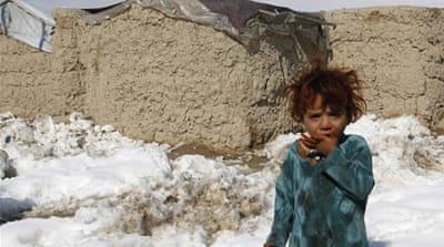 In Pictures: Afghan refugees face icy chill