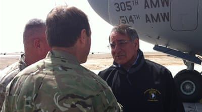 Panetta visits Afghanistan to ease tensions
