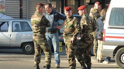 Soldiers shot dead in southern France