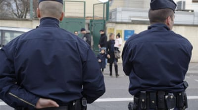 French manhunt for school killer