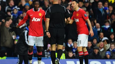 Vieira: 'United get help from refs'
