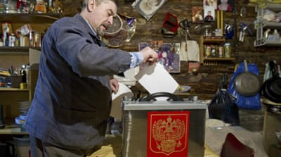 In pictures:  Russia votes