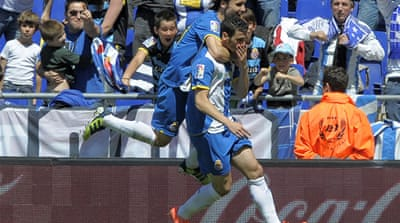 Espanyol dominate third placed Valencia