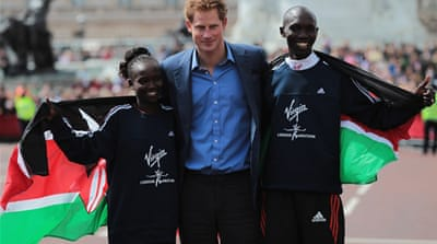 Kenyan athletes dominate London marathon