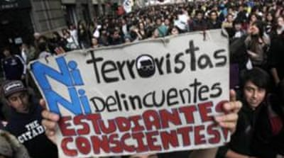 Chile students rally for free education