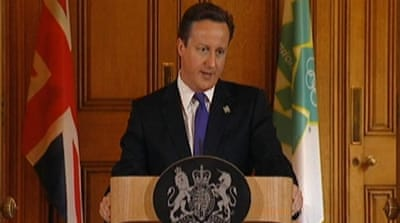 Polls show British PM Cameron losing support